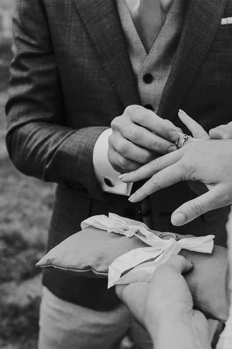 trouwring met manchetknoop