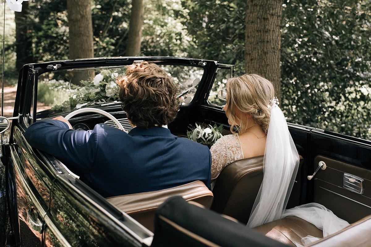 Oldtimer, Klassieke bruiloft, blauw maatpak,