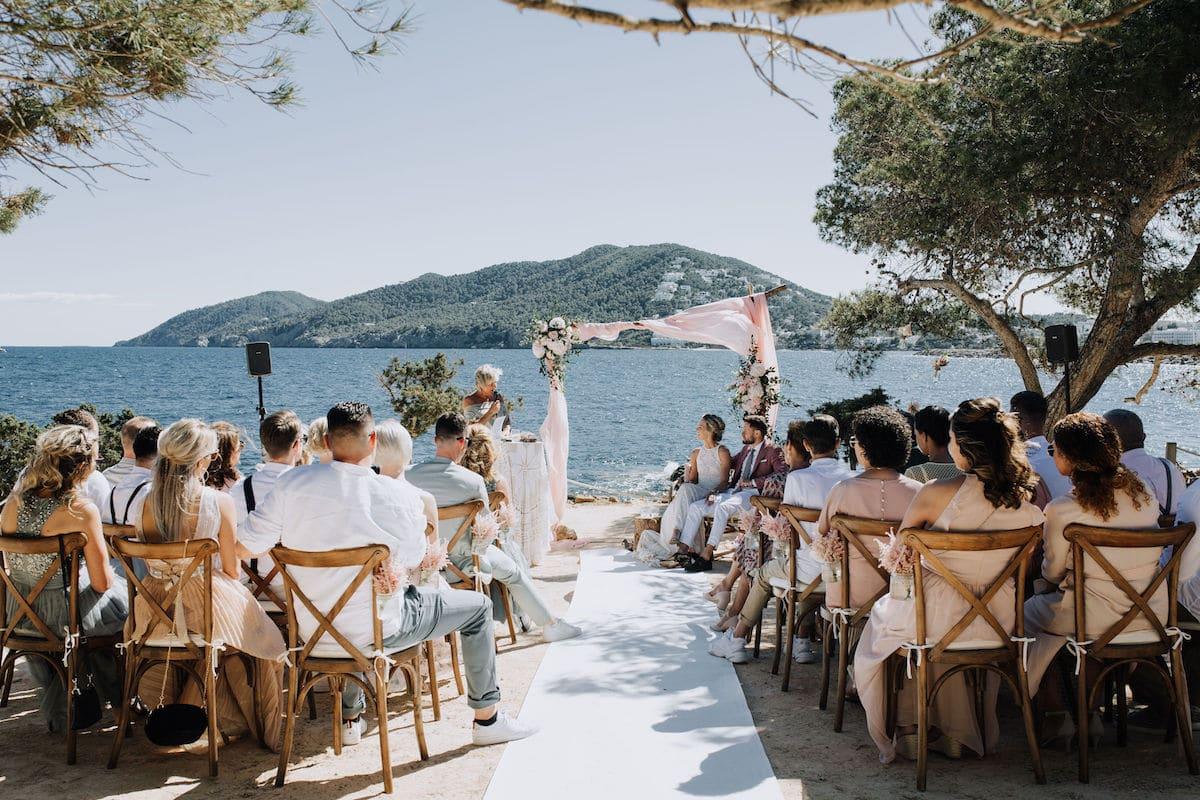 Ibiza huwelijk aan het water