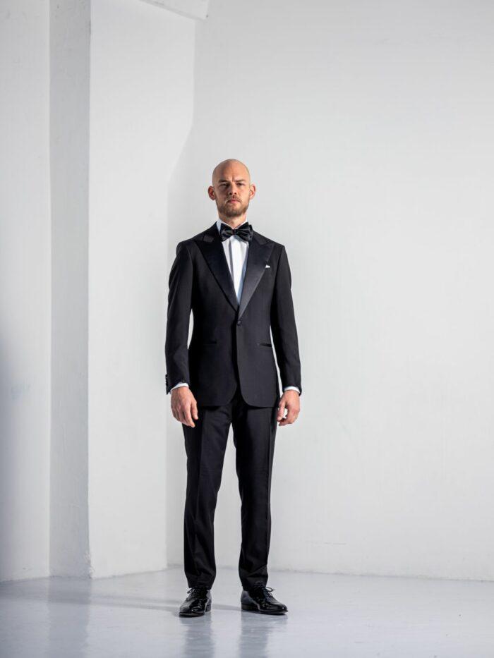 Black tuxedo Black tie