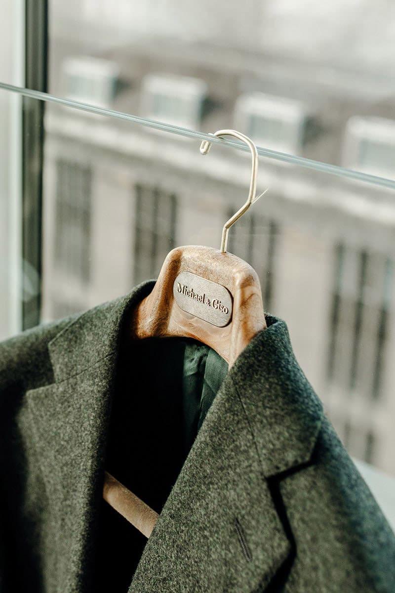 Donkergroen wollig flannel pak