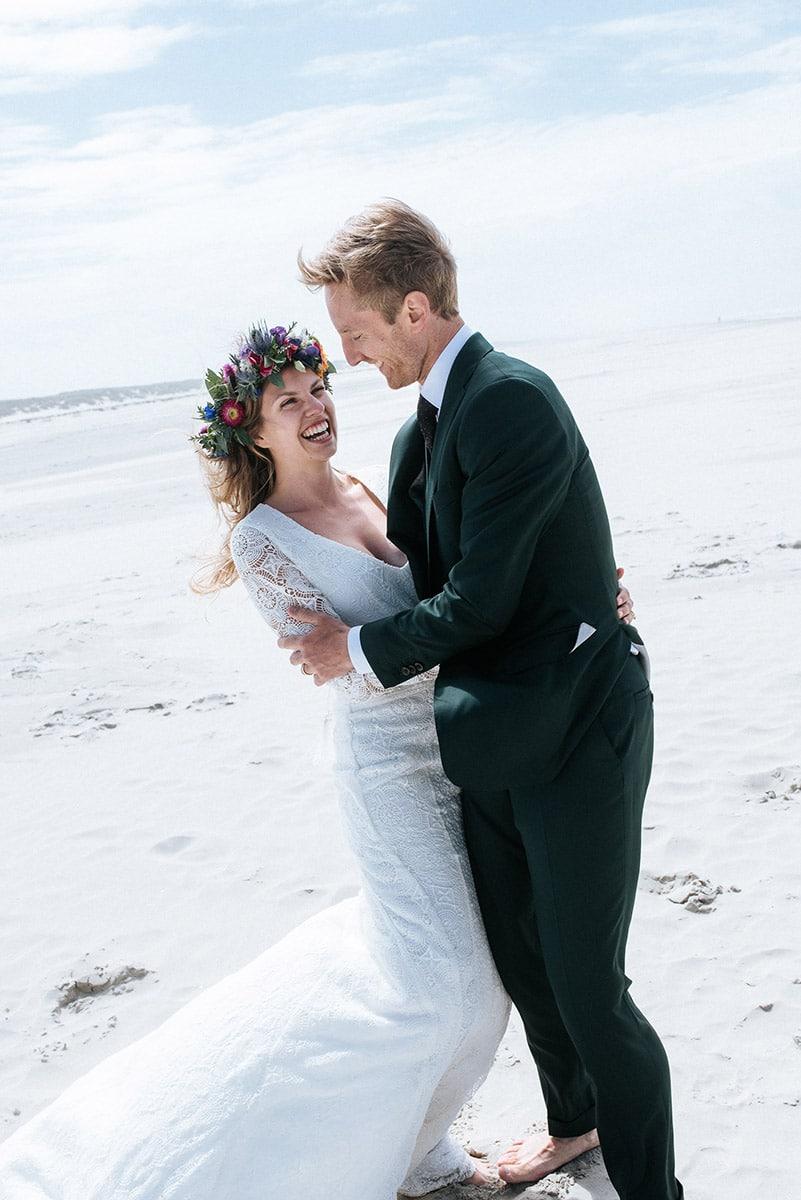 Blote voeten bruiloft, Cufflinks, Dubbele Windsor