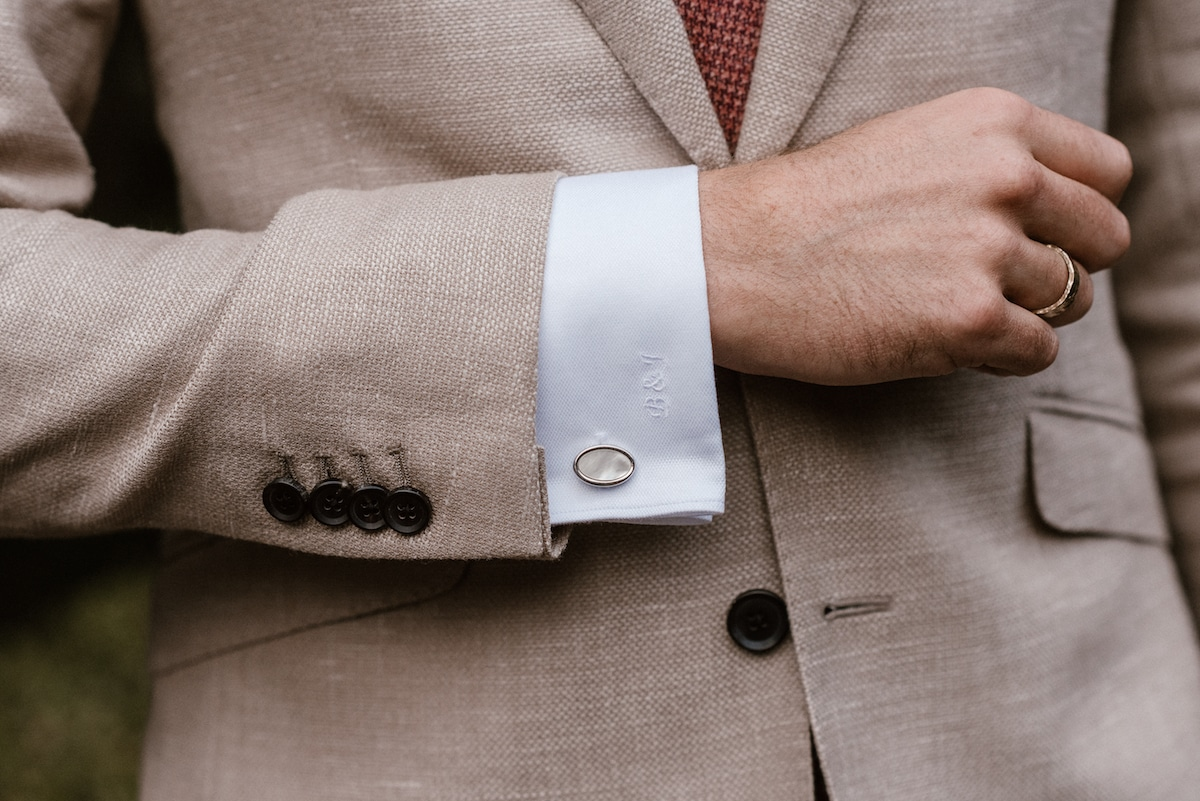 Details cufflinks, initialen, monogram, Sportieve stof