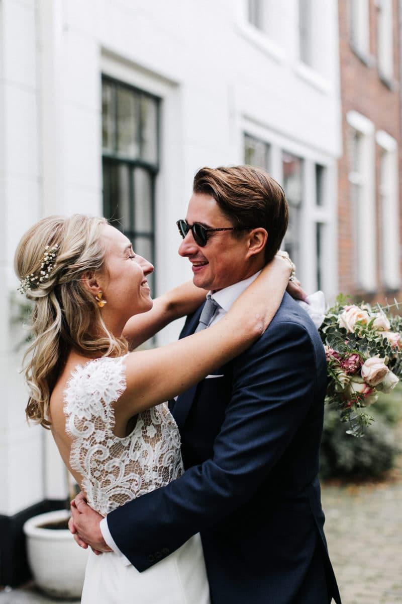 Verliefd bruidspaar