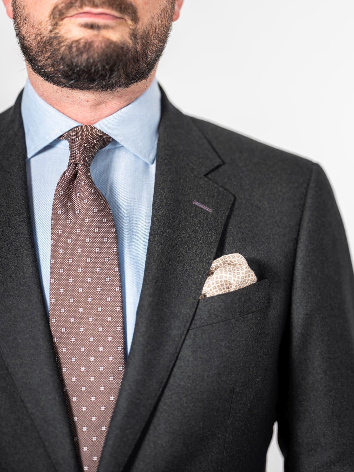 2-delig zakelijk pak met das