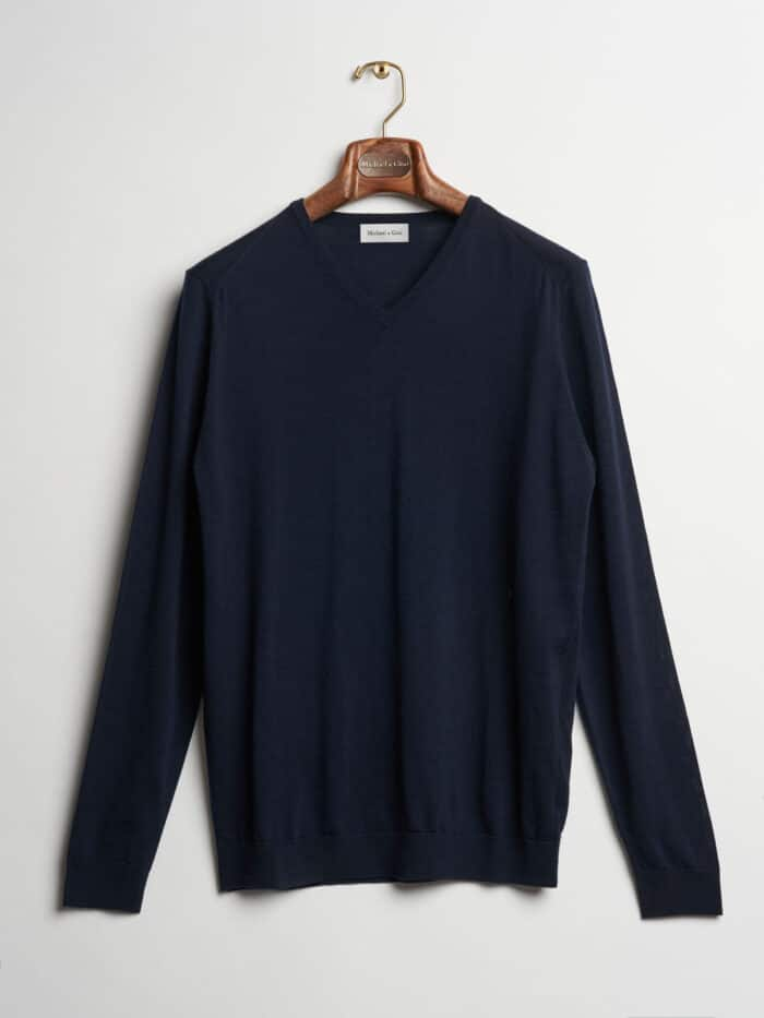donker blauw navy v-hals shirt