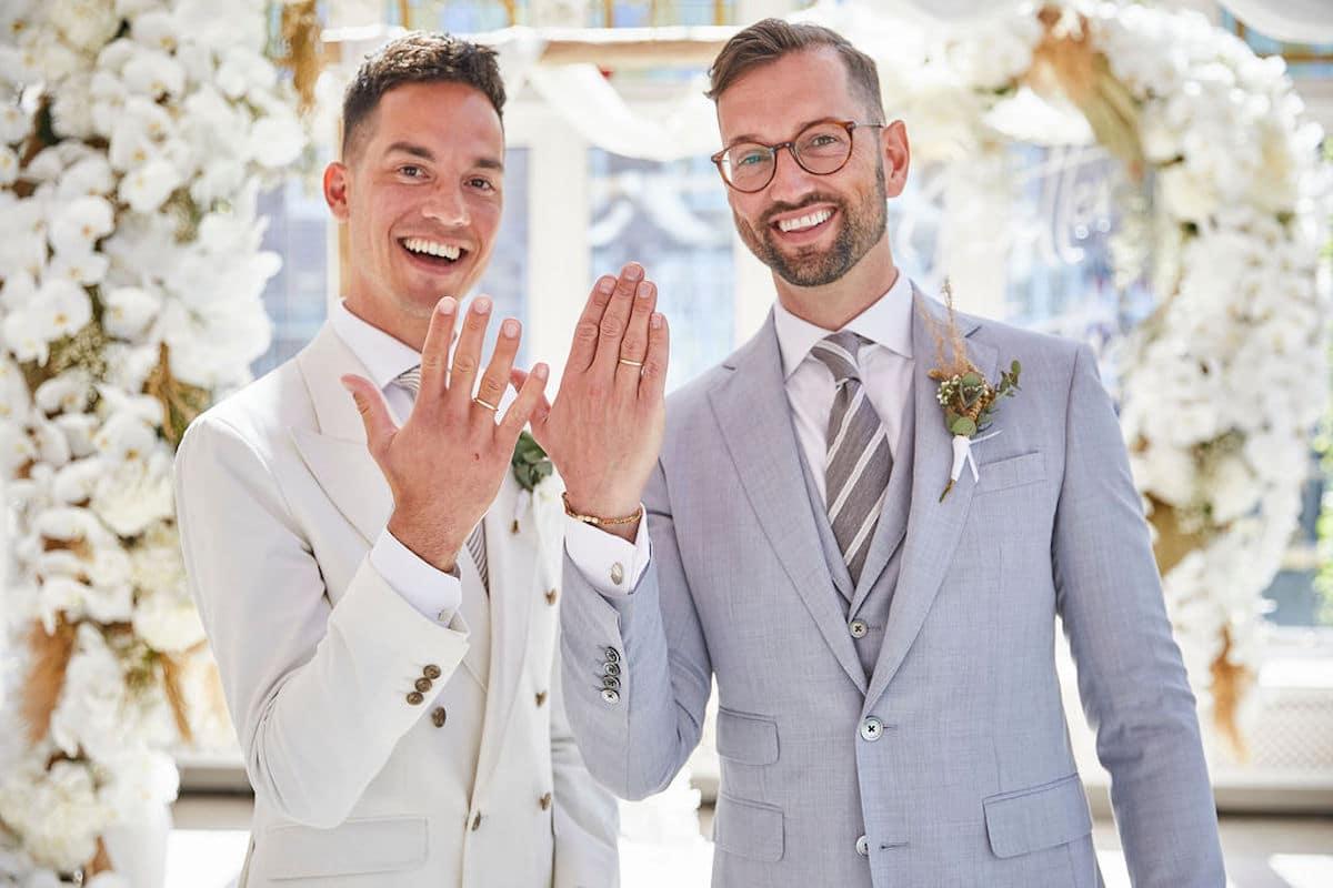 getrouwde mannen in pak