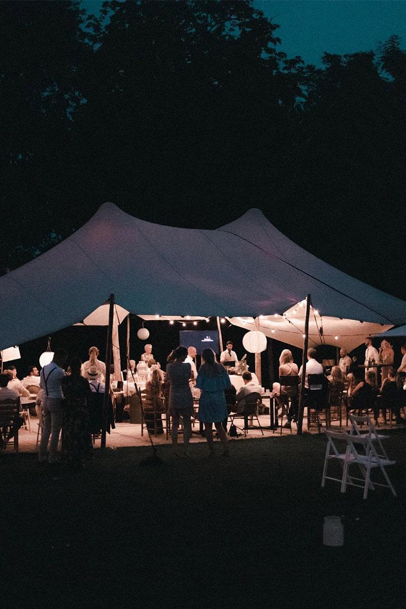 trouwen in de nacht