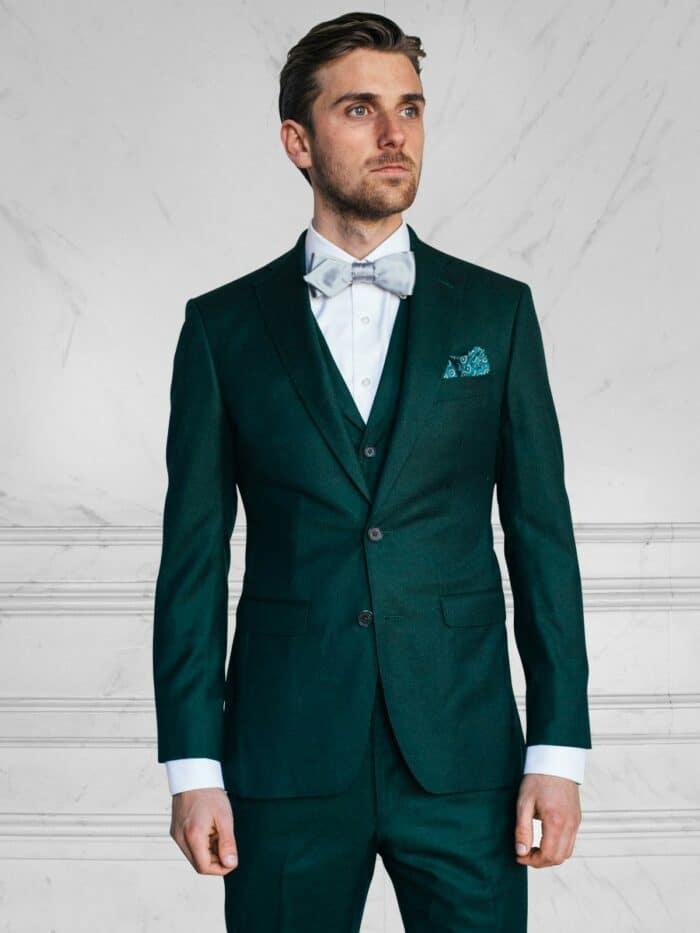 drie delig smaragd groen trouwpak