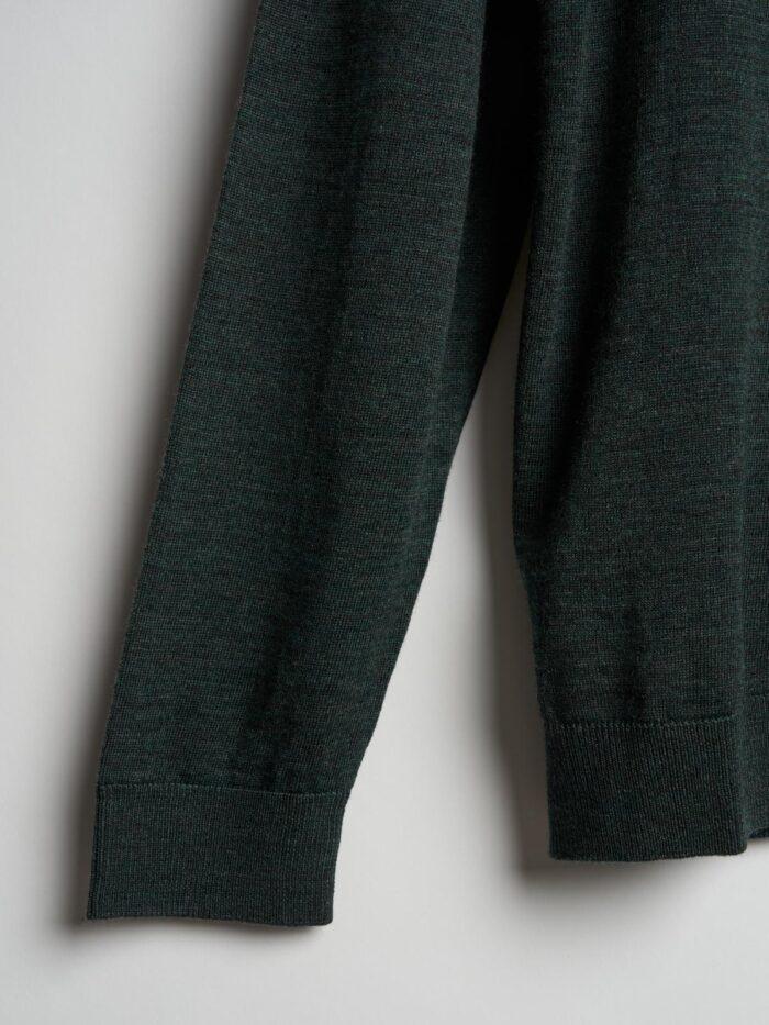 donkergroen knitwear