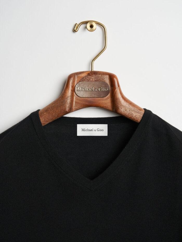 v-hals knitwear black