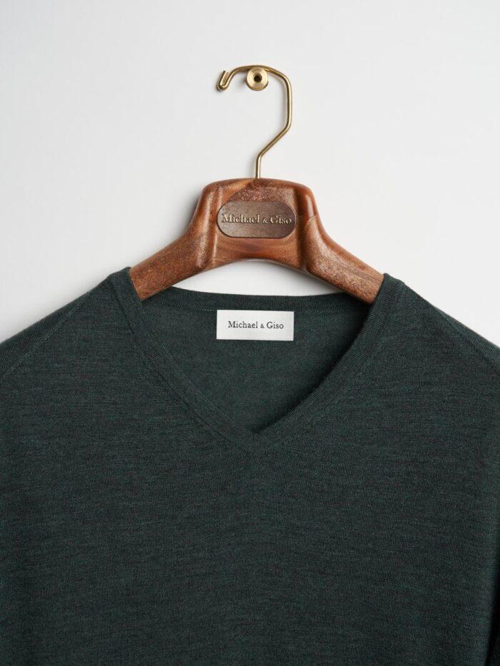 knitwear donkergroen met v-hals