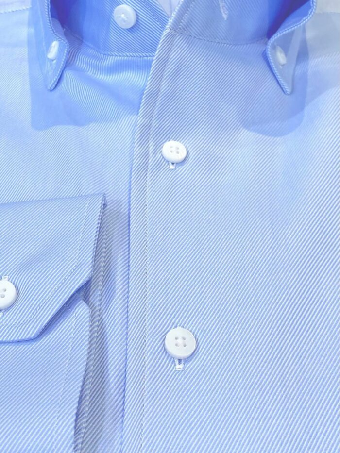 details overhemd lichtblauw streep stof