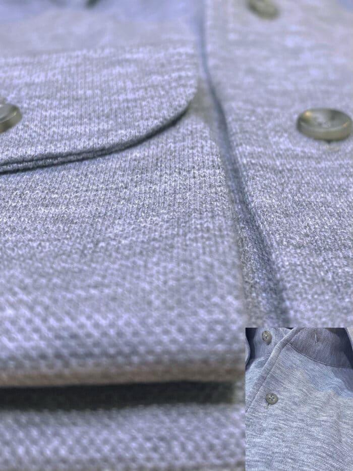 details grijs maatshirt kraag