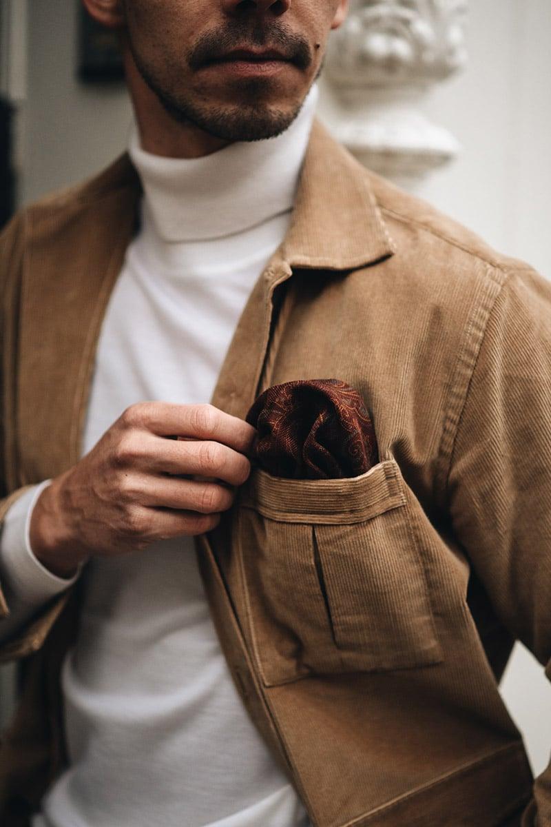 corduroy overshirt met witte coltrui