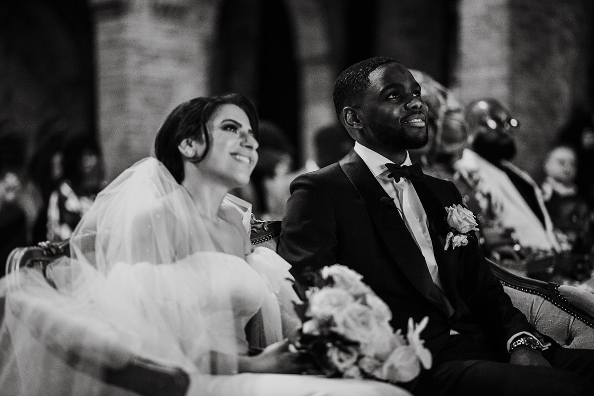ceremonie huwelijk in smoking