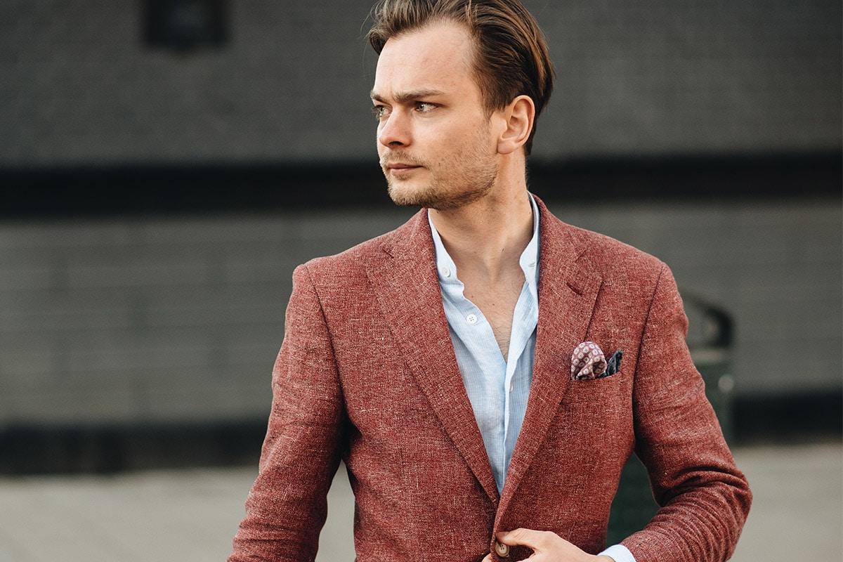rode blazer met pochet
