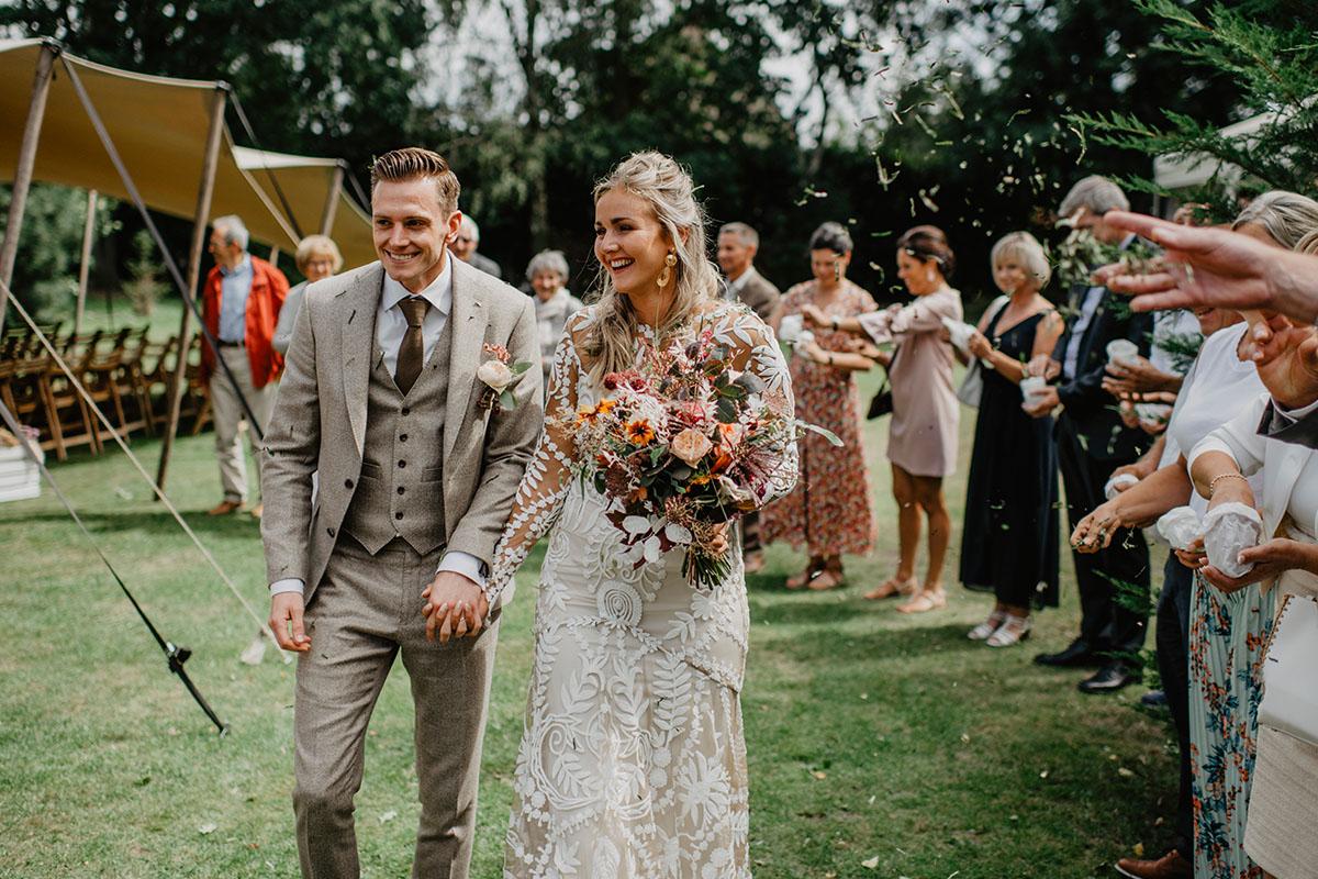 bruid met boeket